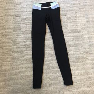 lululemon leggings full length with patterned top